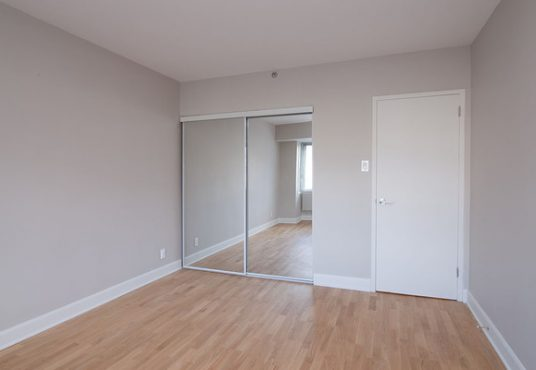50046 0603 2018 02 Marketing Apartment Bedroom Landscape