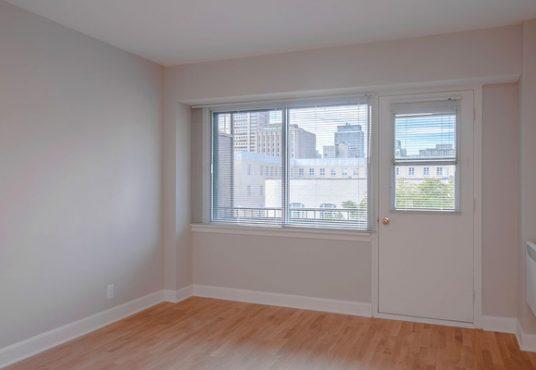 50046 0603 2018 02 Marketing Apartment Living room Landscape