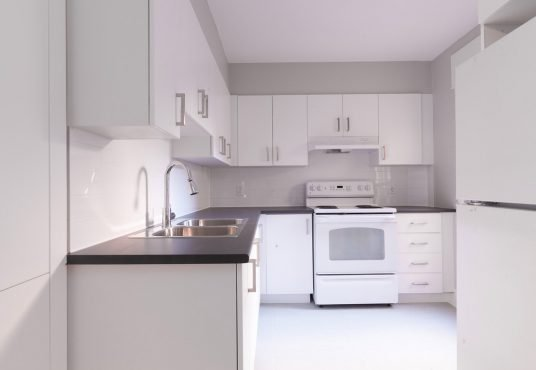 3710 Queen Mary - 3-bedroom apartment for rent